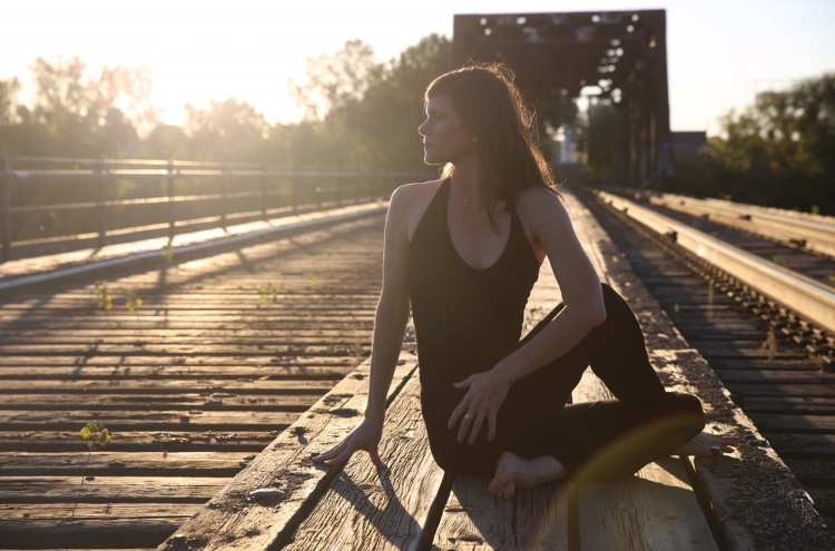 Laurel Van Matre - Yoga, Flow and Winter Solstice